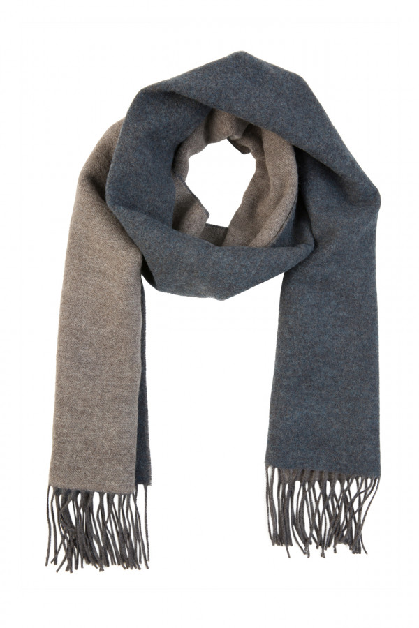 Double-sided wool scarf